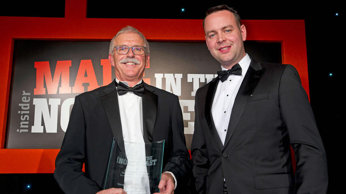 (Left) Peter Hammond, Technical Director at MSP receiving the Digital Engineering/ Technology award from (right) Richard Hogg, Managing Director at Jackson Hogg Recruitment